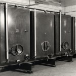 1972 new 25 hectare litre storage tanks installed in Willow Walk cellars