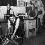 Joiner St Cellars 1950, capsulling, labelling and wrapping